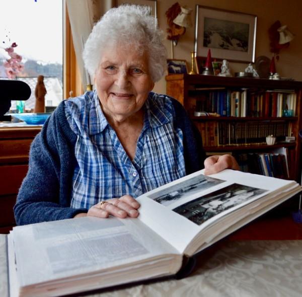 Aslaug Eik, 91, ser positivt på livet.